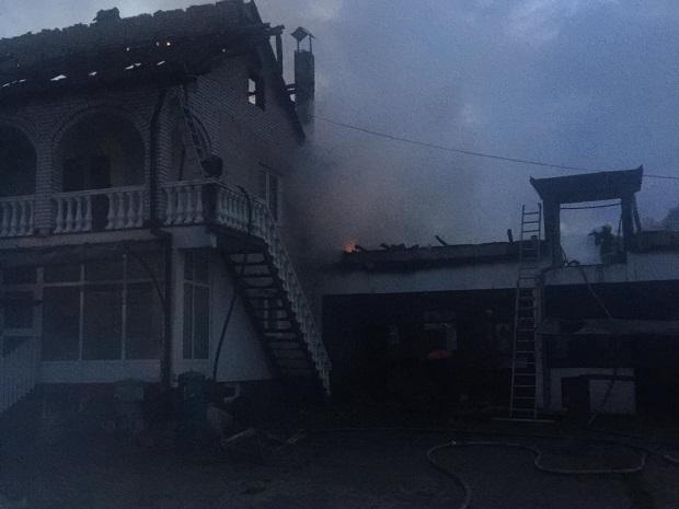 Photo of ZBOG NEISPRAVNE INSTALACIJE: Izgorelo kompletno domaćinstvo u Duboki kod Kučeva (FOTO)