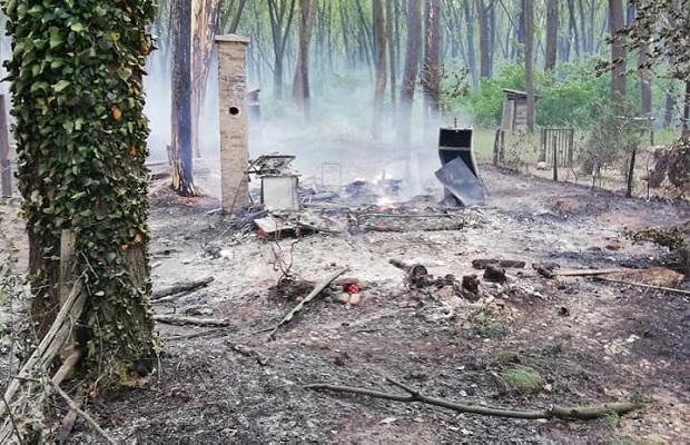 "Photo of POŽAR KOD KOSTOLCA: Izgorelo šest vikendica u vikend naselju ""Konjsko groblje"" (FOTO)"