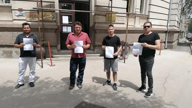 "Photo of U MINUT DO DVANAEST: ""Dveri"" iz Petrovca i Požarevca pozivaju na protest podrške Bošku Obradoviću"