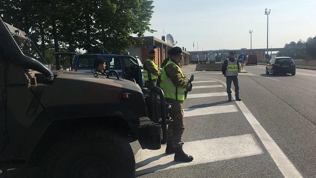 Photo of PANIKA U ITALIJI: Fudeksov autobus pun putnika iz Srbije probio blokadu i stigao u Trst