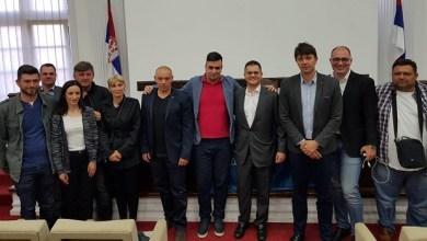 Photo of HLADAN TUŠ ZA OPOZICIJU: Narodna stranka zatvorila kancelariju u Petrovcu na Mlavi!