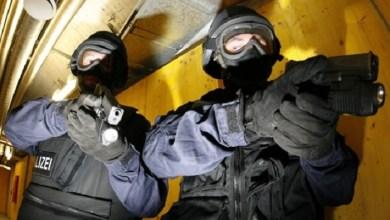 Photo of RADILI PENDRECI I BIBER SPREJ: Specijalci razbucali srpsku žurku u Beču, četiri osobe uhapšene! (VIDEO)