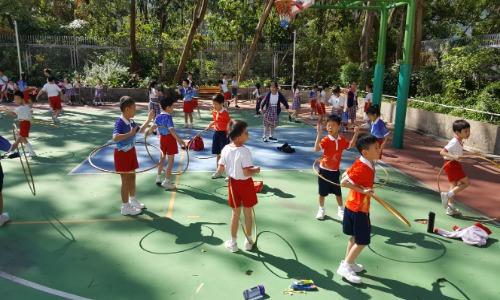 推行健康自理小達人政策:鼓勵學生小息多做運動
