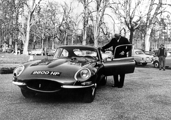 Jaguar E-type '9600HP' u Ženevi 1961. i Sir William Lyons