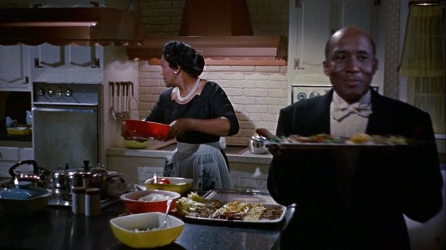 Juanita Moore as Annie: A room for one night turns into a lifetime of unpaid labor. We're supposed to be happy for her.