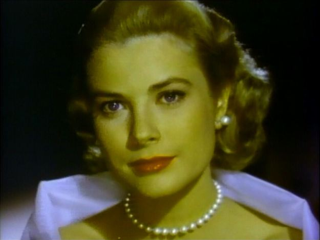 Grace Kelly's entrance before restoration: the yellow layer was completely gone.