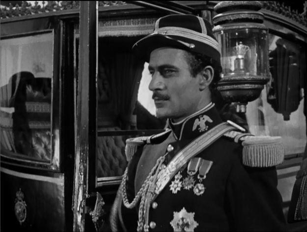 Hola, guapo! Gilbert Roland as Col. Lôpez.