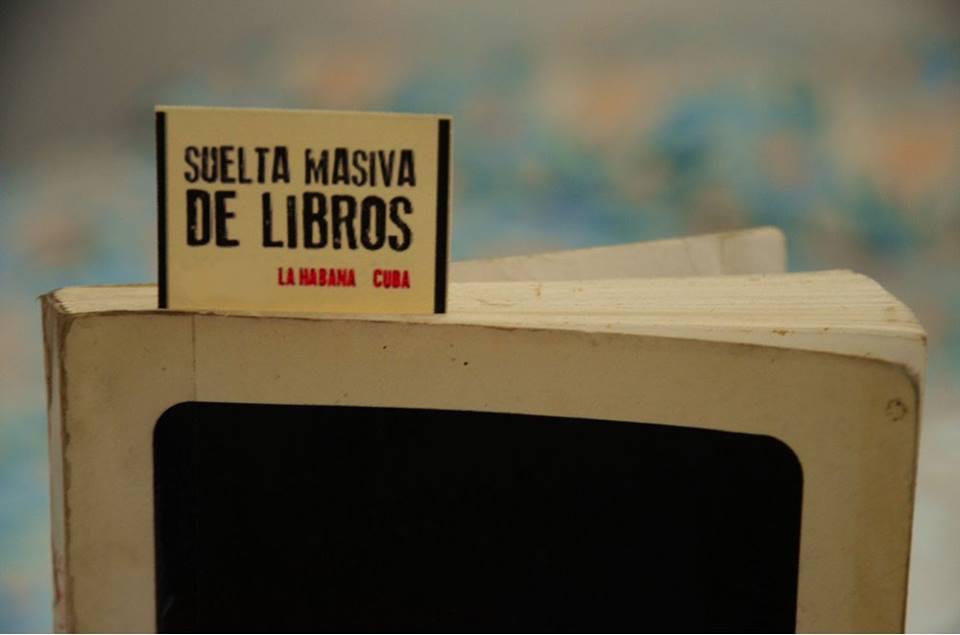 suelta-masiva-de-libros foto
