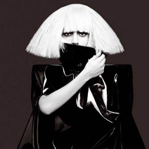 https://i0.wp.com/www.track4-info.de/blog/wp-content/uploads/2009/11/Lady-Gaga-Bild-29-Neu-2009-.jpg?resize=500%2C500