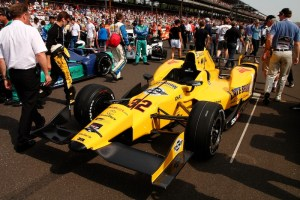 Oriol Servia's car with Late Show with David Letterman on the side pods.