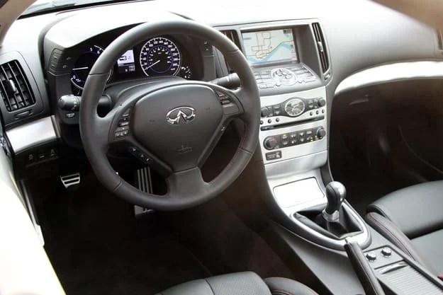 2011 Infiniti G37 IPL Coupe Review interior