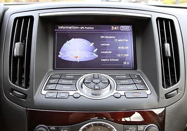 2011 Infiniti G25x Review screen