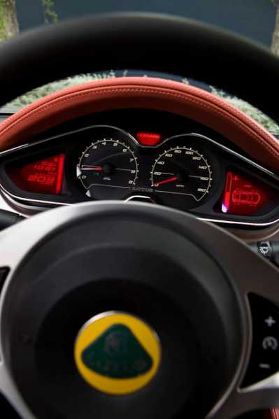 2012 Lotus Evora S review