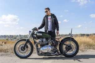Motorbike-Triumph-Bobber-custom-4