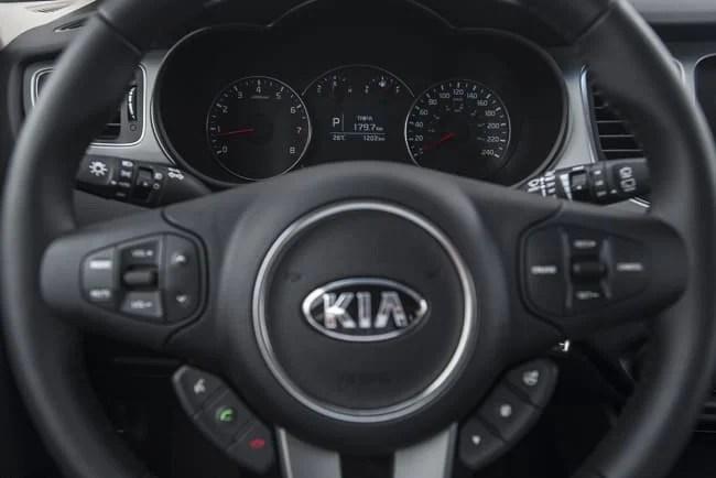 2014 Kia Rondo Review
