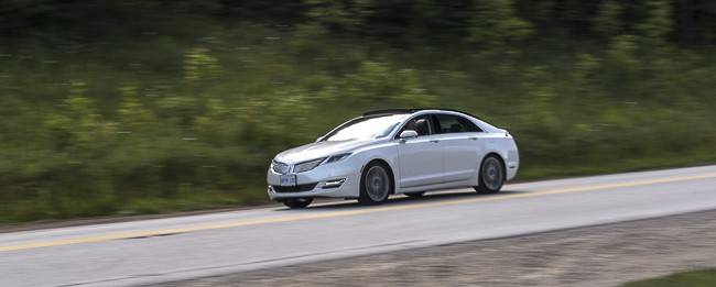 2013 Lincoln MKZ Hybrid Review