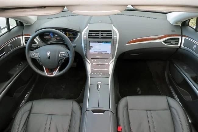 2014 Lincoln MKZ Hybrid cockpit