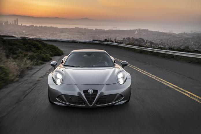 2015-alfa-romeo-4c-coupe-front-silver