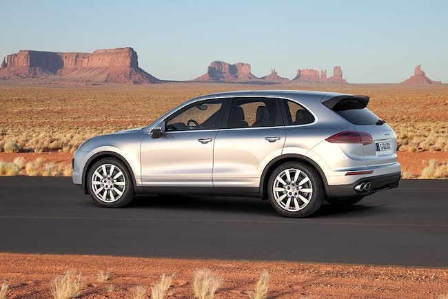 2015 Porsche Cayenne Preview rear side