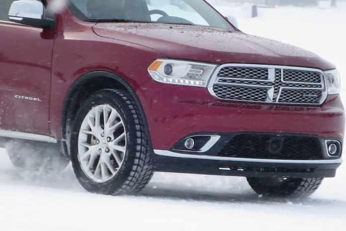 2015 fca canada winter driving_pw-008
