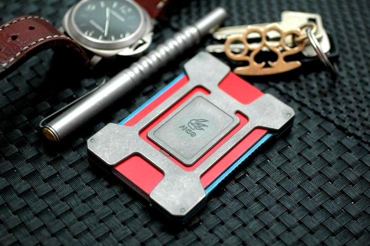 Matrix Card Holder