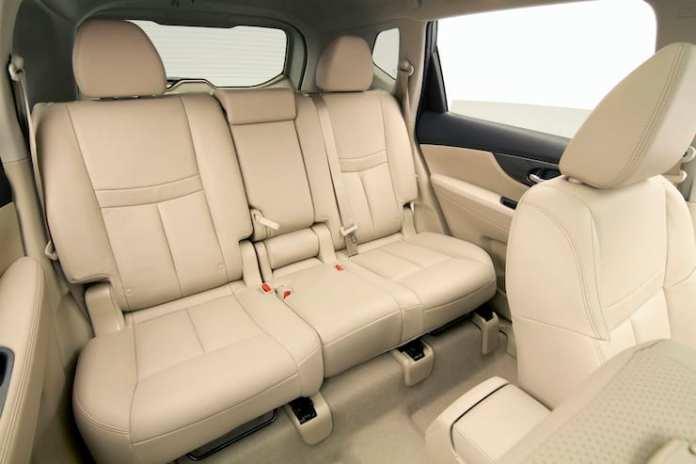 2015 Nissan Rogue SL AWD Review rear seats