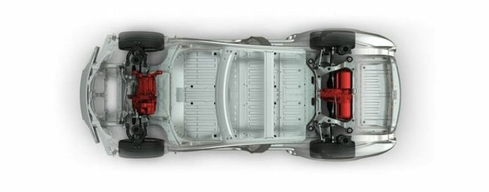 2015-Tesla-Model-S-P85D-undercarriage