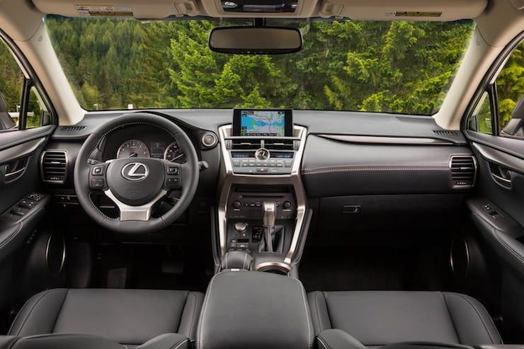 2015_Lexus_NX_200t