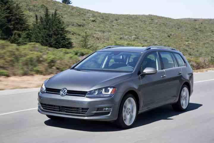 2016 Volkswagen Golf Sportwagon review