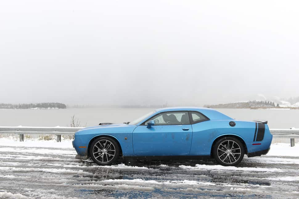 2016 dodge challenger r t scat pack review the 485 hp family car. Black Bedroom Furniture Sets. Home Design Ideas