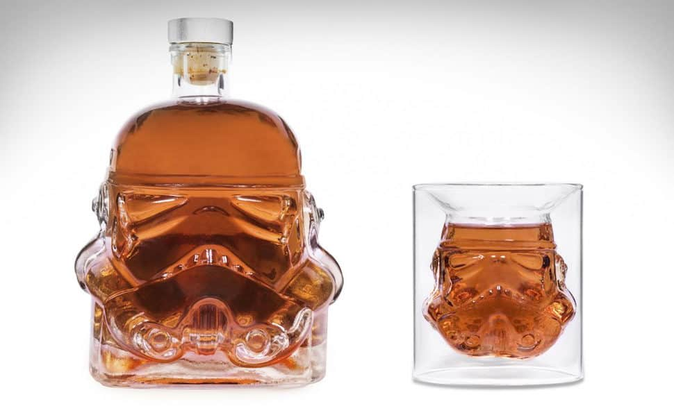 stormtrooper-decanter-shot-glass