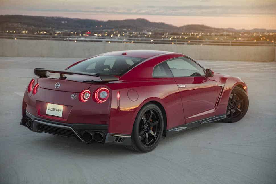 2017 Nissan GT-R Track Edition 6