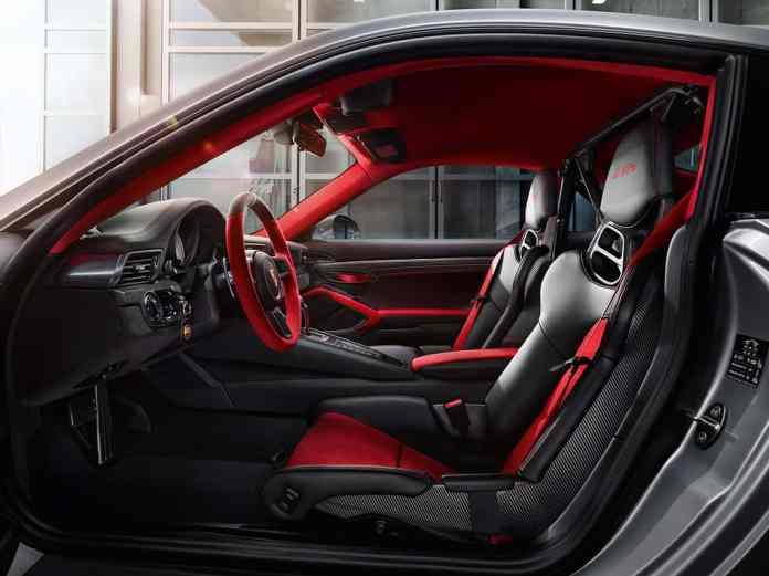2018 Porsche 911 GT2 RS interior