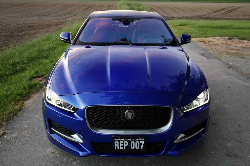2017 jaguar 3.5t R-Sport review 2