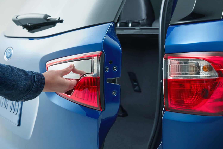 2018 Ford EcoSport door release