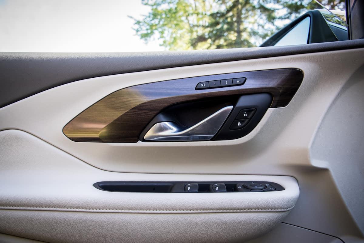 2018 GMC Terrain door panel