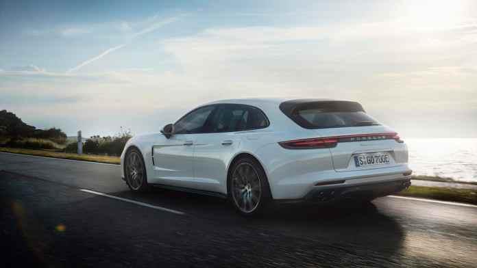 2018 Porsche Panamera Turbo S E-Hybrid Sport Turismo rear
