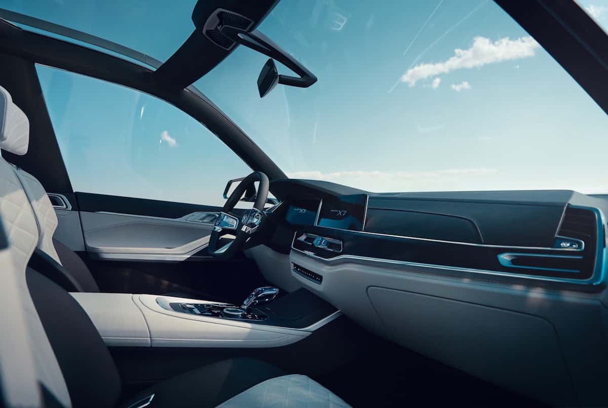 BMW X7 iPerformance concept front cabin