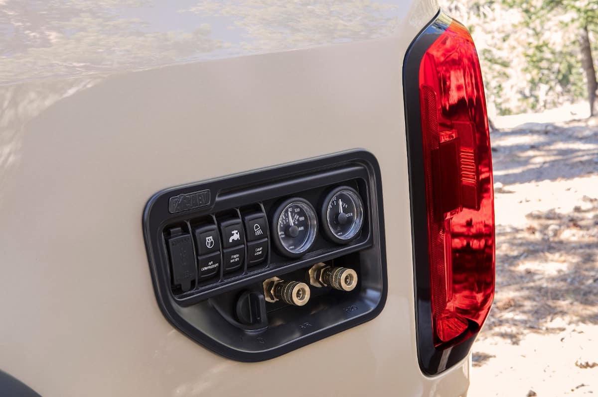 Colorado ZR2 AEV Concept sema 2017 controls