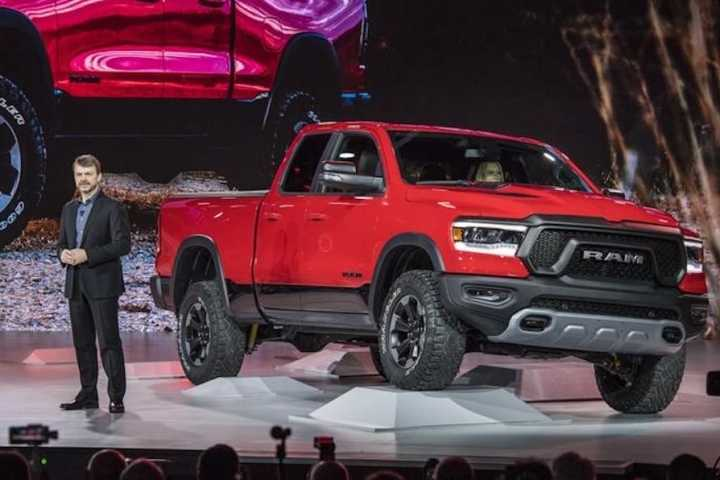 Lighter, more refined 2019 Ram 1500 makes Detroit debut