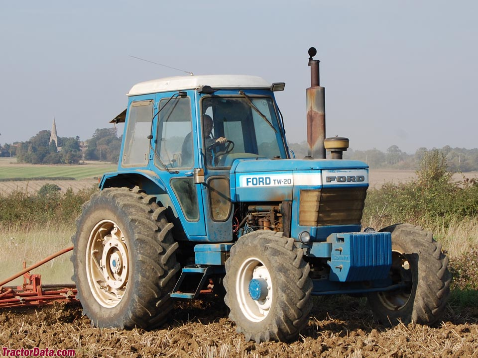 TractorDatacom Ford TW20 tractor photos information