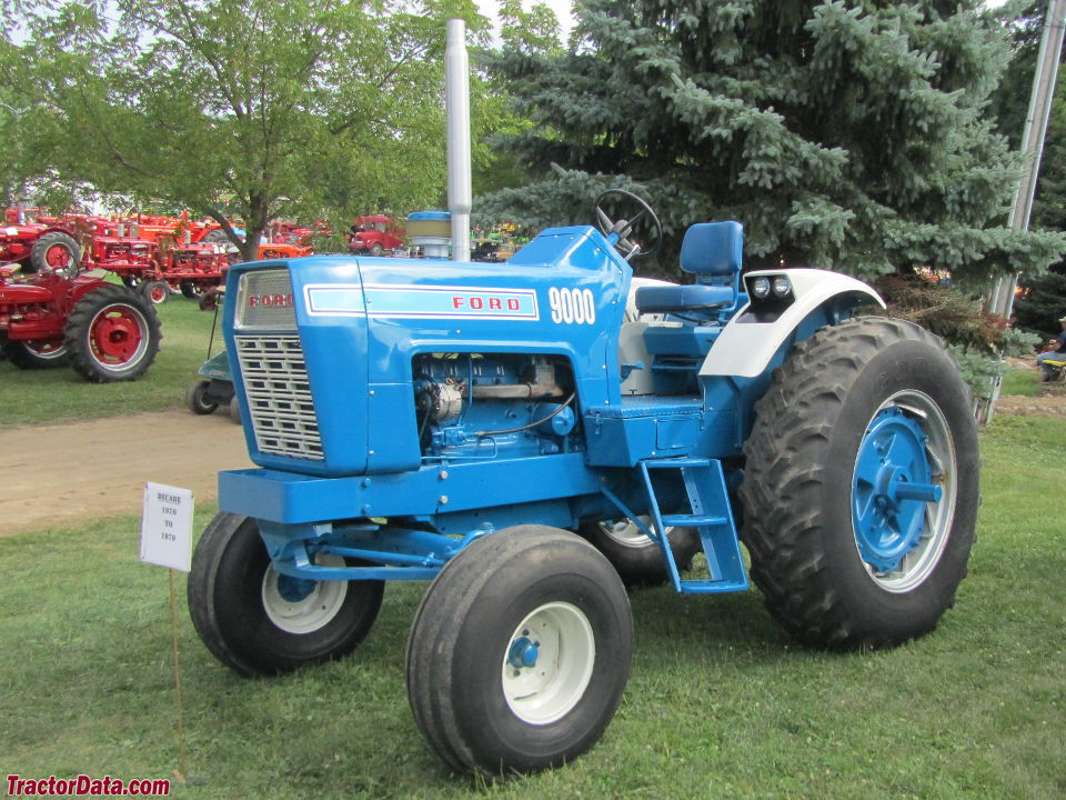 TractorDatacom Ford 9000 tractor photos information