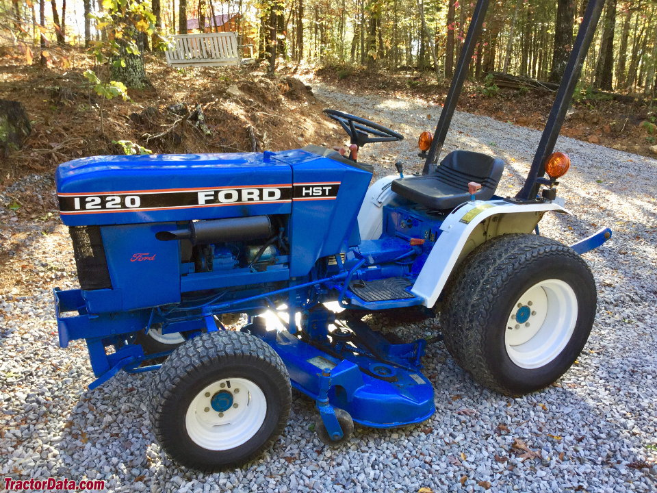 TractorDatacom Ford 1220 tractor photos information