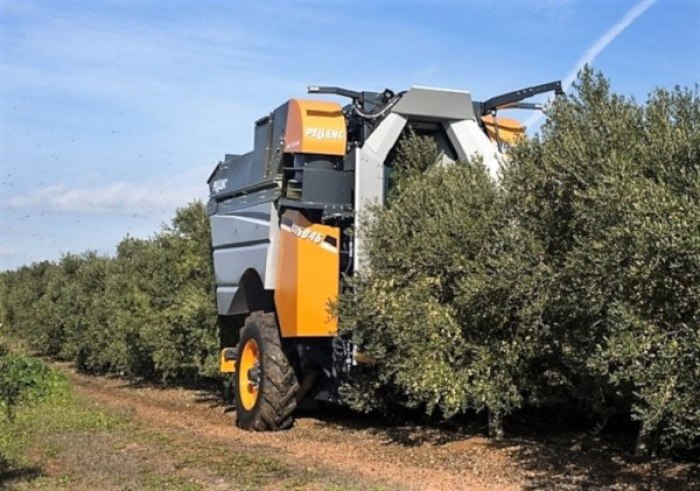 Cosechadoras de olivar superintensivo pellenc arrastrada