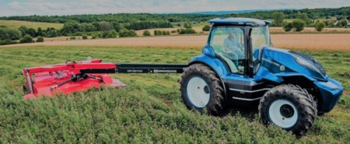 Tractor de metano segando