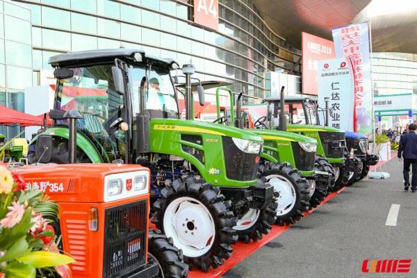 Tractores imitando John Deere