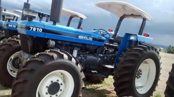 Tractor Ford 7810 usado