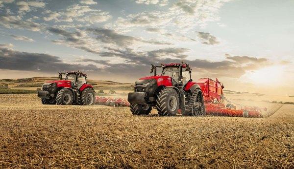 Tractores Case IH Magnum y Rowtrac trabajando