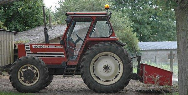 Tractor FIAT 90-90