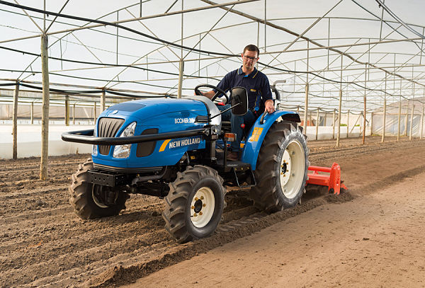 New Holland Boomer 35 en Invernadero